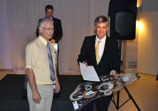 José Renato Seixas, gerente regional da Novus do Brasil, foi homenageado no jantar APA 2011