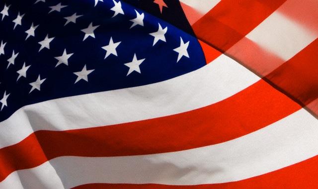 Galinha viaja pelos Estados Unidos em campanha publicitária