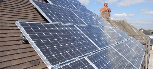 Empresa promete economia com energia solar por assinatura
