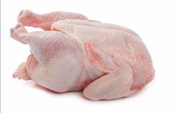 Carne bovina ganha competitividade frente à de frango na comparação mensa
