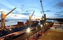 Exportações evitam queda mais acentuada do PIB