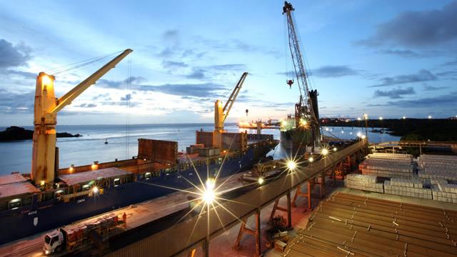 Ministro dos Transportes sugere utilizar corredor do Norte como saída prioritária de produção