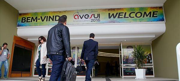 Acessível a toda cadeia produtiva, AveSui 2017 atrai caravanas nacionais e internacionais