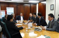 Blairo Maggi analisa abastecimento de milho junto à entidades do setor