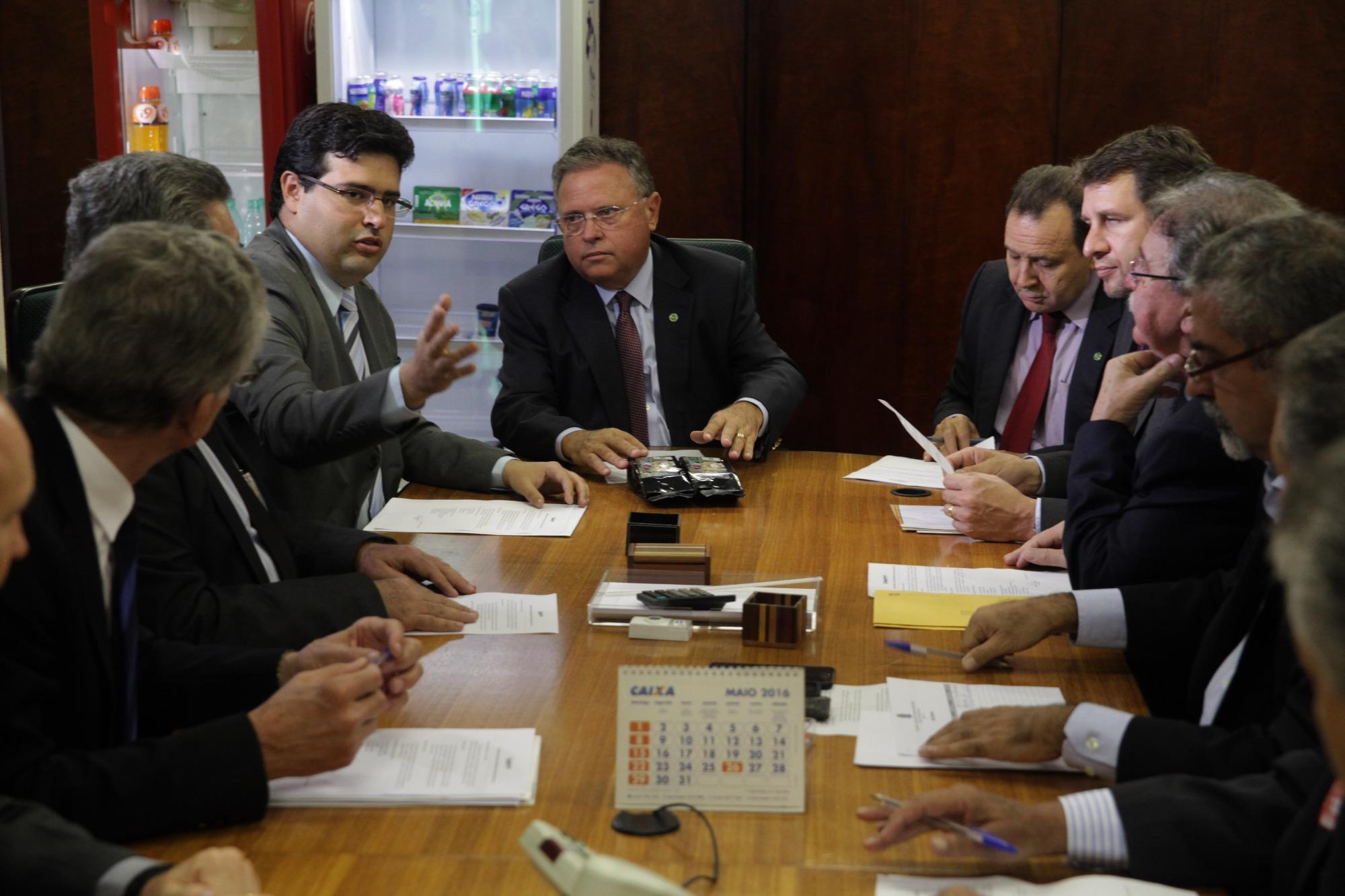 Santa Catarina reporta a novo ministro preocupação com agricultura familiar