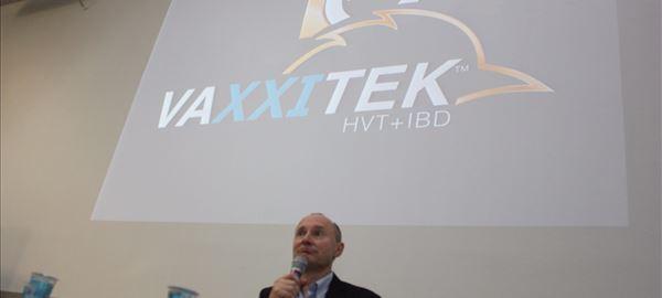 Merial comemora os dez anos de lançamento da Vaxxitek
