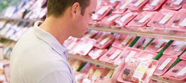 Consultoria aponta que 60% dos brasileiros diminuíram o consumo de carne após Operação da PF