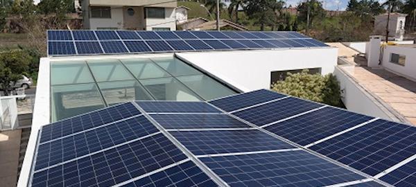 Energia solar fotovoltaica no Brasil cresceu 300% em 2016