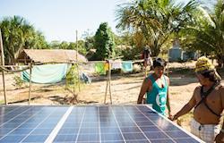 Sistema de energia solar é instalado em aldeias Munduruku, no Pará