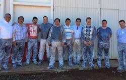 Latino-americanos visitam granjas brasileiras