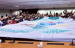 Cooperativas lotam plenário de comissão para pedir manutenção de política pública