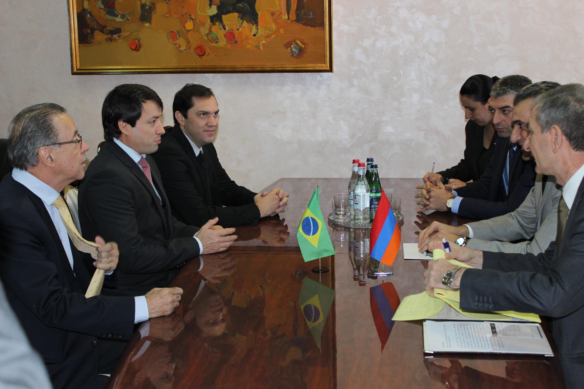 Parceria Brasil-Armênia prevê intercâmbio em pesquisa agrícola e ampliação do comércio