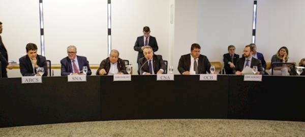 Entidades do setor agropecuário criam Conselho do Agro