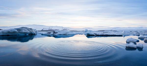 """Cientistas propõe montar um milhão de bombas eólicas para """"recongelar"""" o Ártico"""
