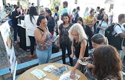 Instituto Ovos Brasil divulga o ovo em Congresso do CEUNSP